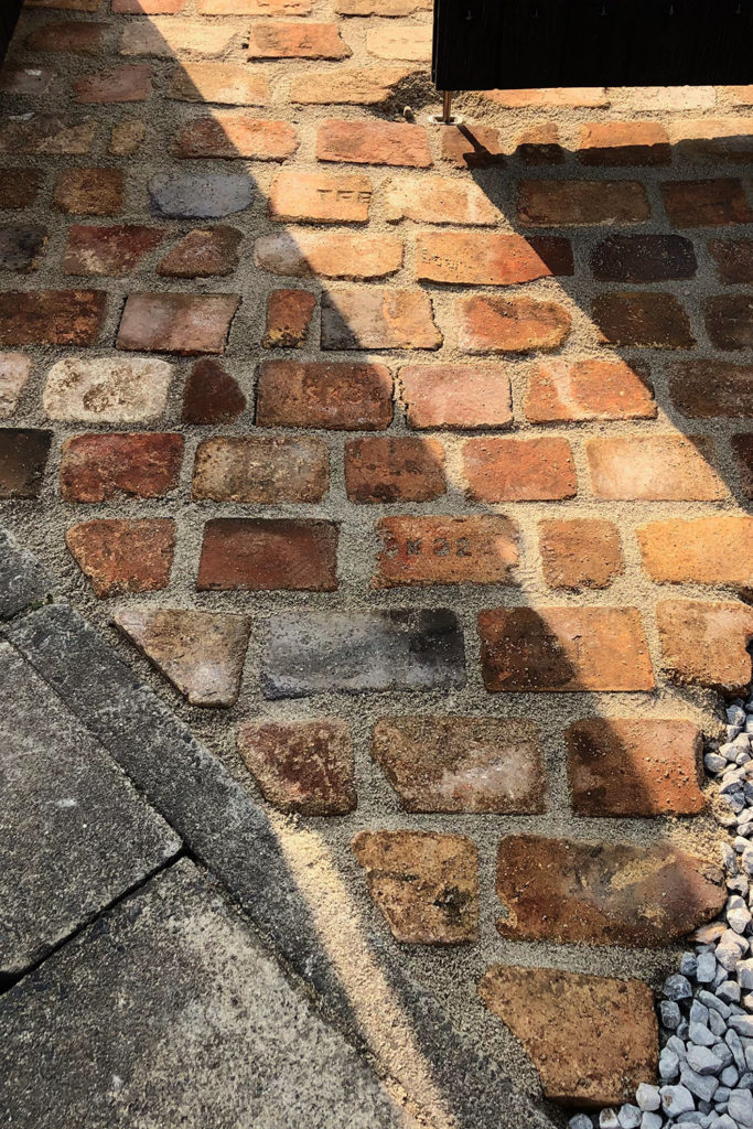 アンティークレンガ 敷き方 DIY ガーデニング 庭造り