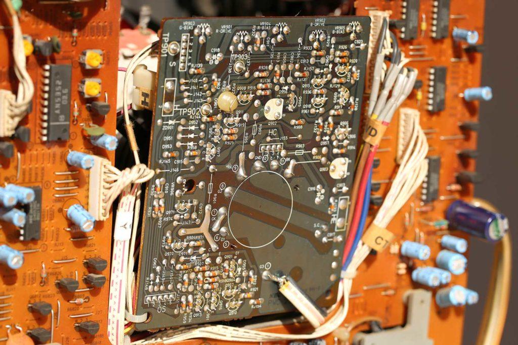 SHARP X68000 NEC PC-TV454 15インチ ブラウン管 ディスプレイ 修理
